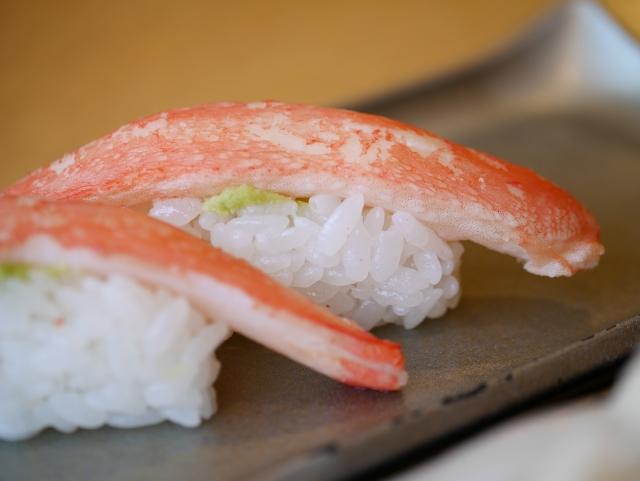 カニ本舗のズワイガニを通販した口コミ カニ寿司の画像
