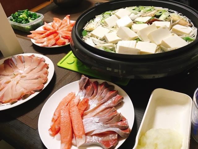 カニ身とお豆腐鍋の写真